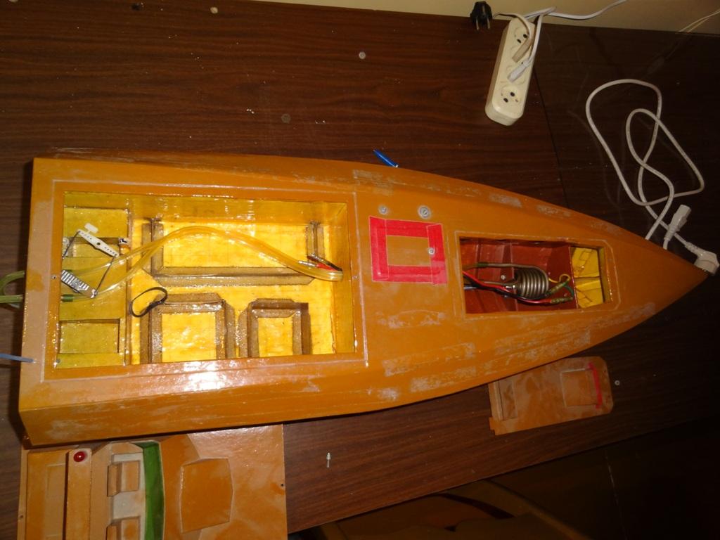 Прикормочный кораблик своими руками из пенопласта 25