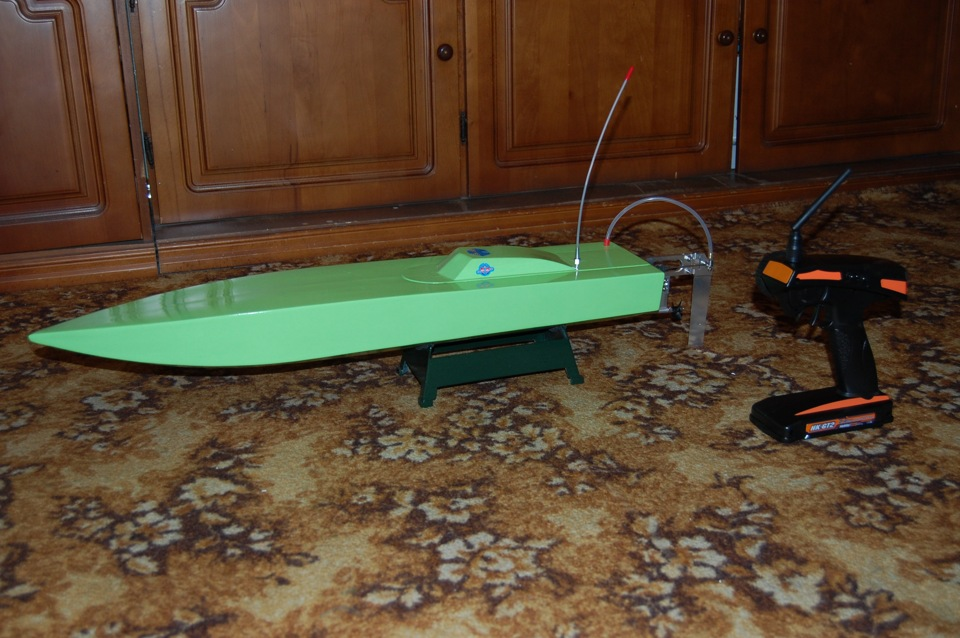 радиоуправляемую модель