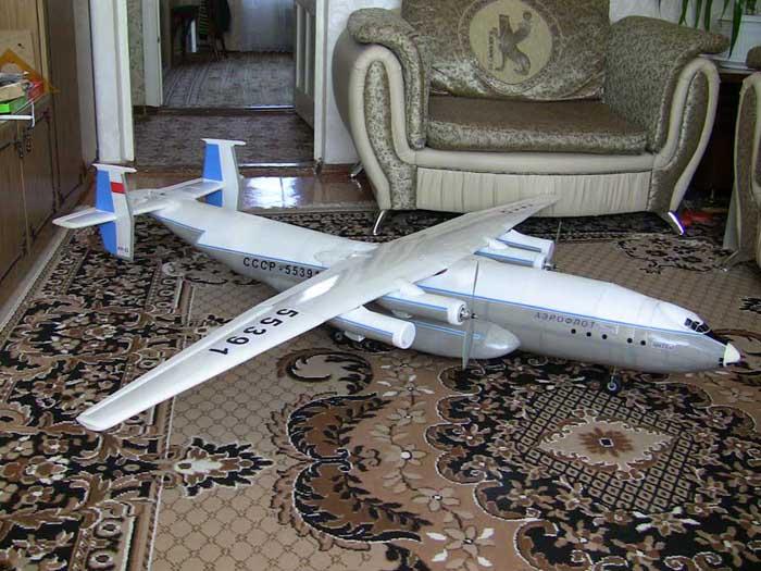 проектом стал Як-40.