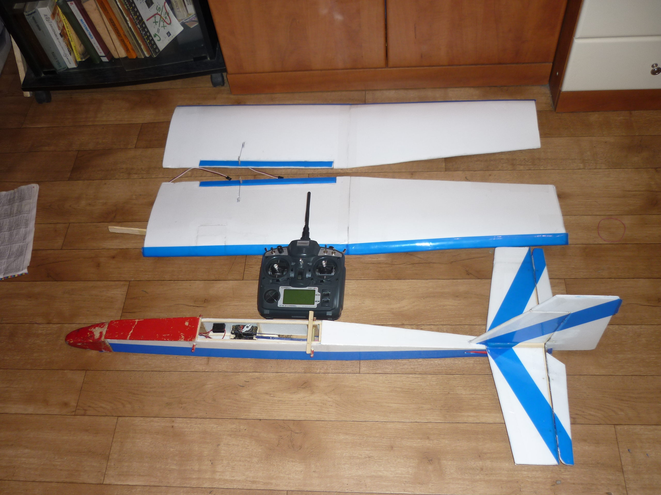 Как сделать радиоуправляемую самолет своими руками 842