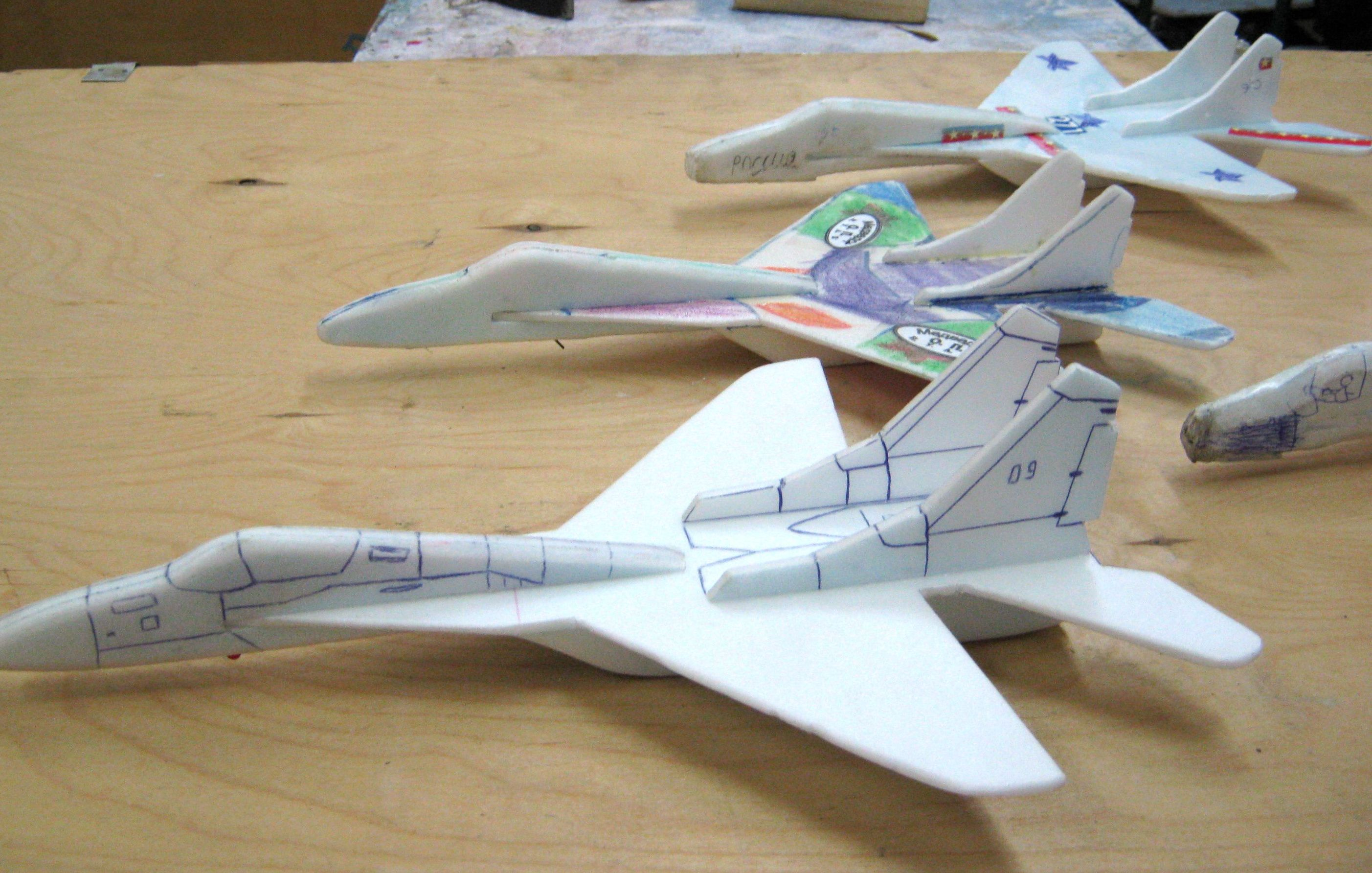 Самолет с резинкой своими руками