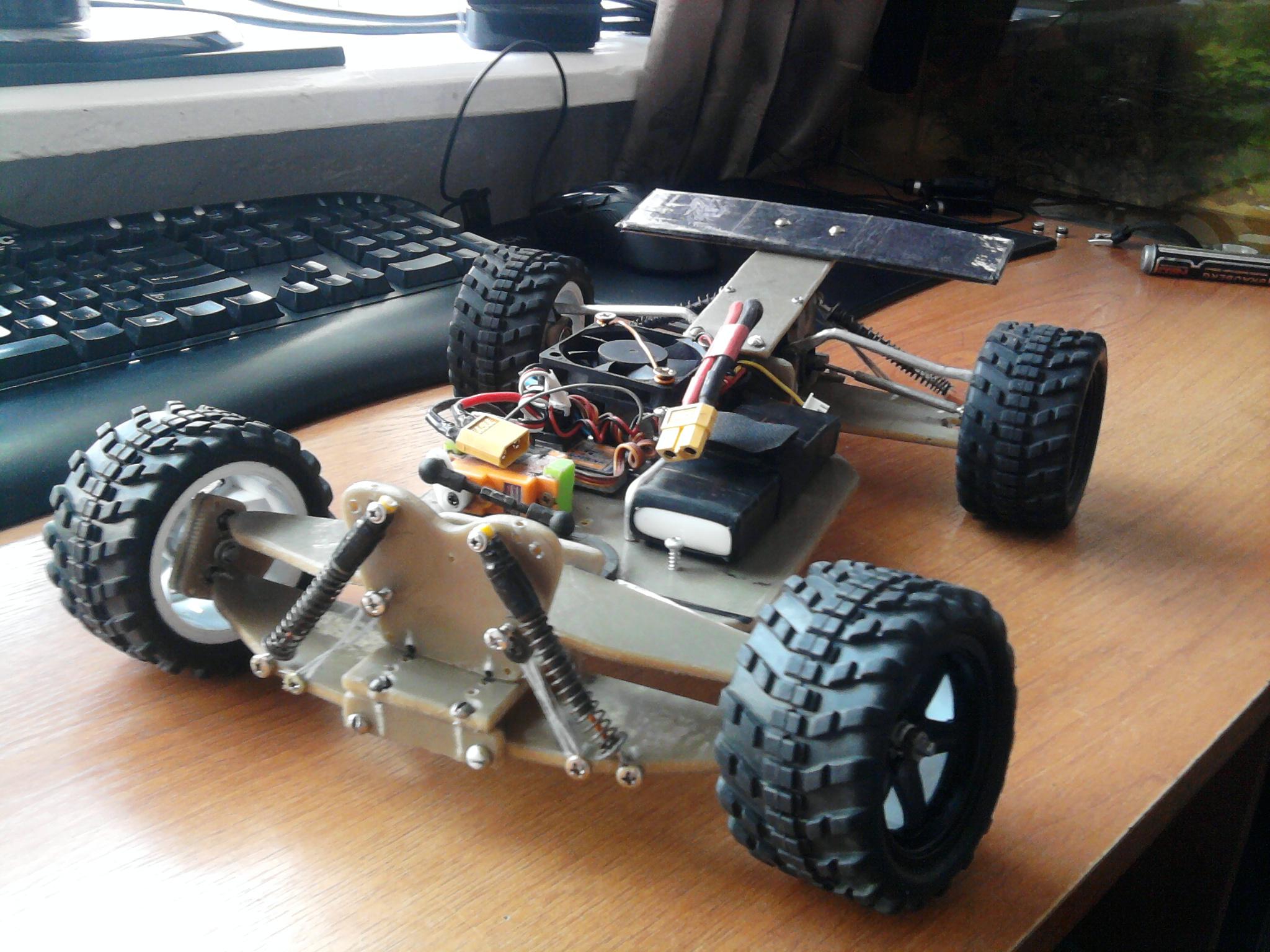 Радиоуправляемые машины с бензиновым двигателем своими руками 8