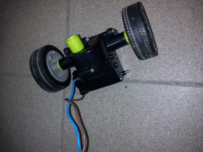 Как сделать так чтоб игрушечная машинка заходила в