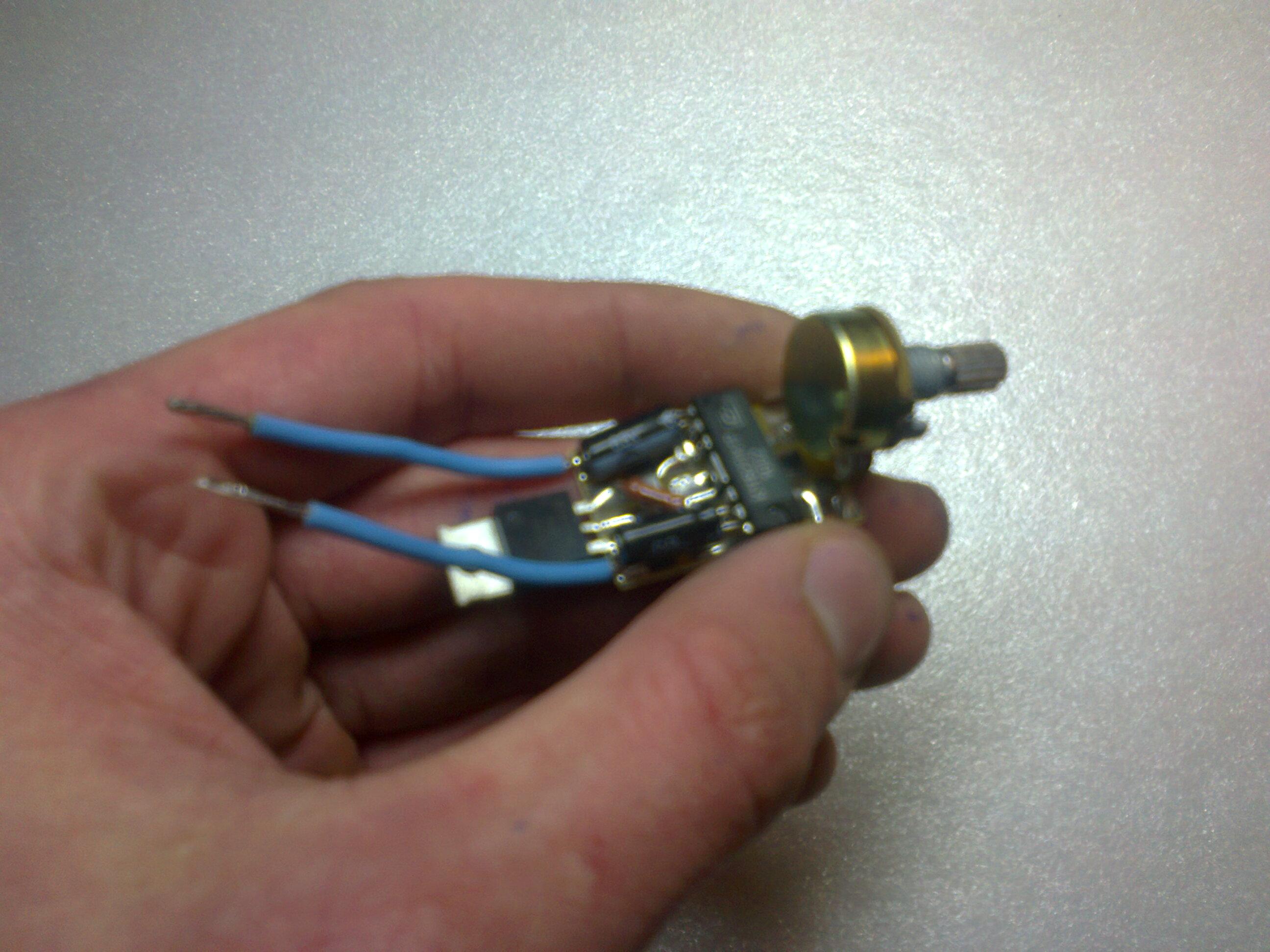 схема подключения симистора в зарядных устройствах
