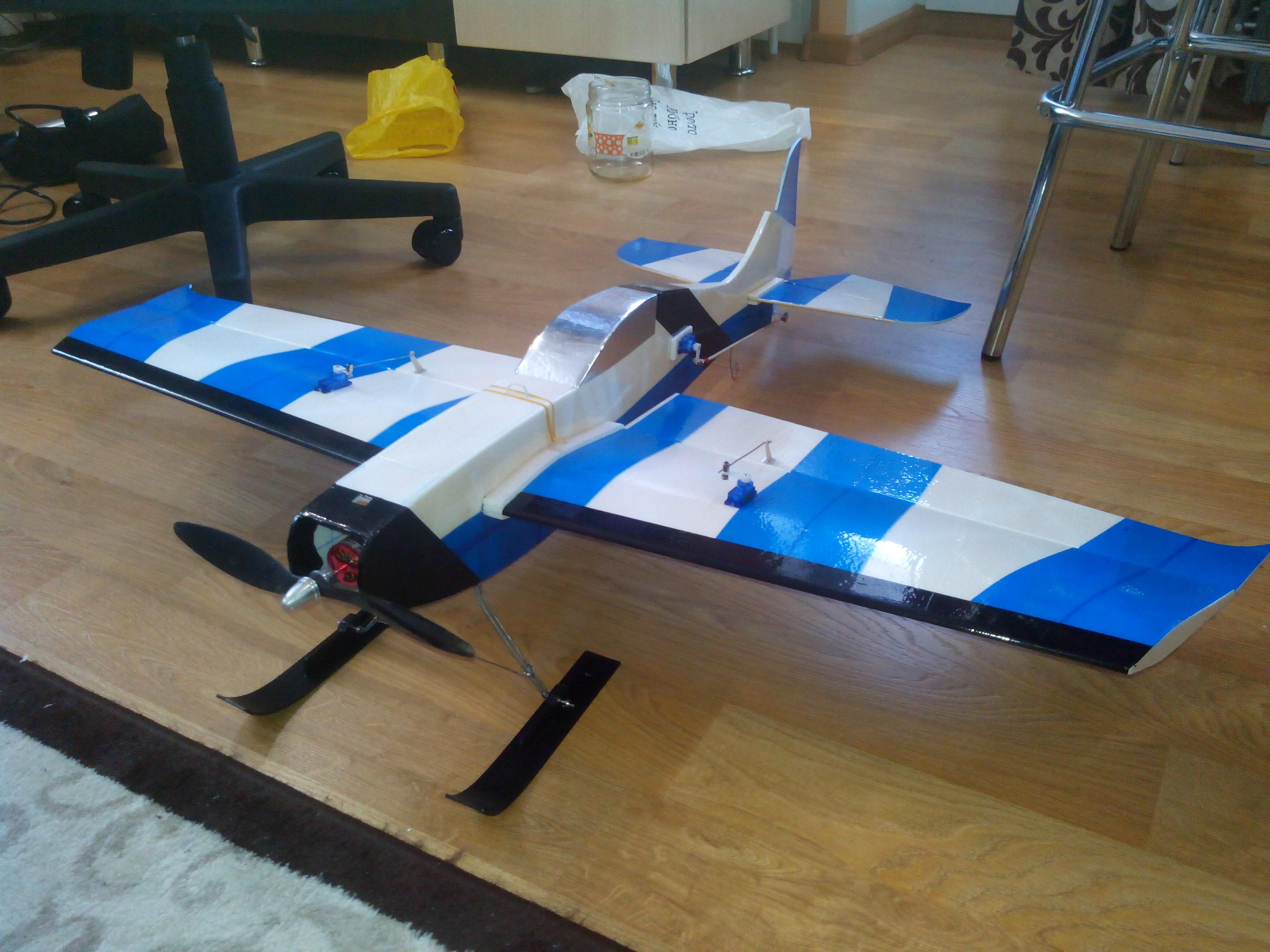 Радиоуправляемый самолёт своими руками с двигателем 93